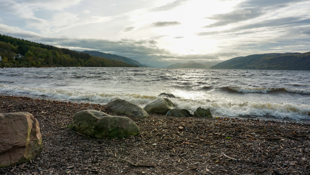 The pebbled beach at Dores