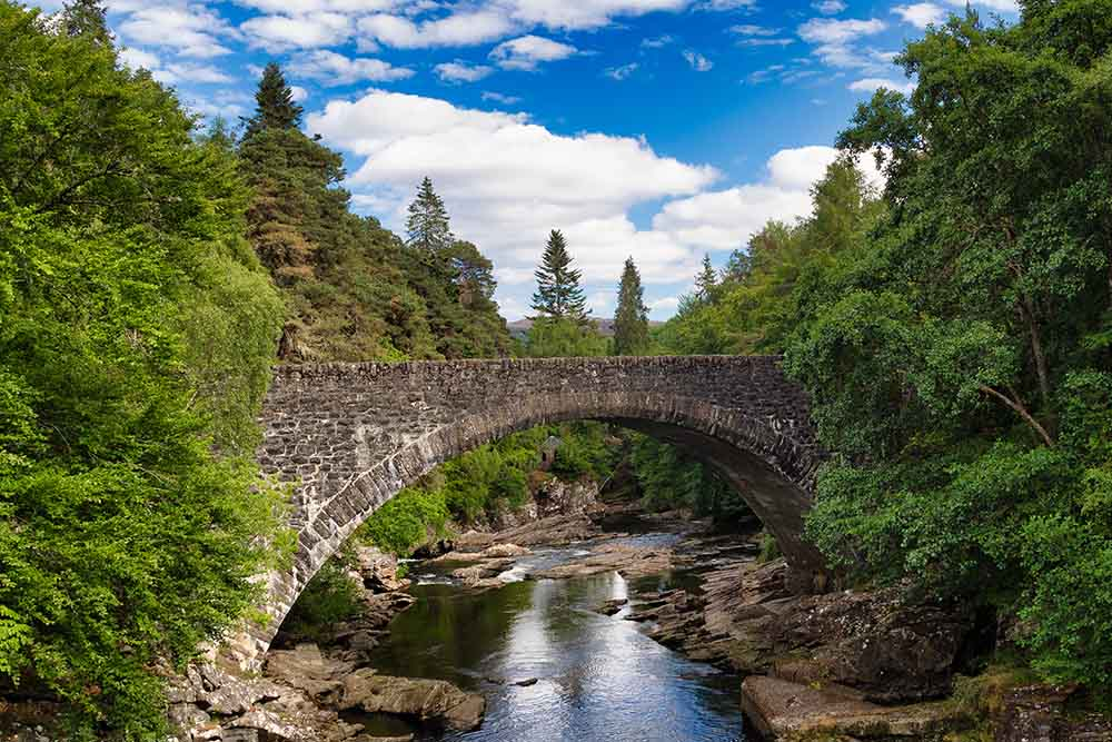 Invermoriston Bridge on a lovely day