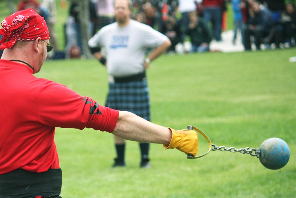 highland games hammer throwing